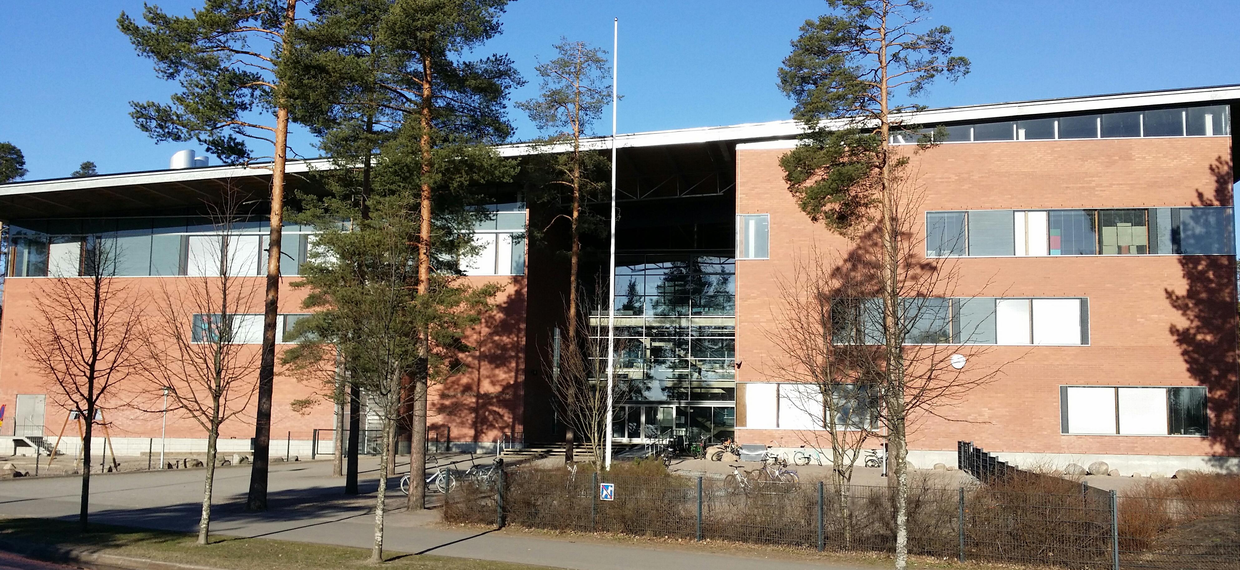 Kuoppanummen Koulukeskus